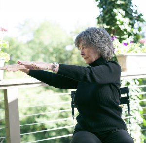 louise-gentle-yoga-seated-twist-slow-movement